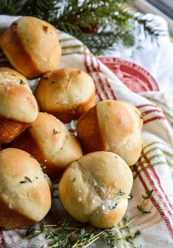 Easy Yeast Rolls With Butter And Thyme Recipe Bob S Red Mill